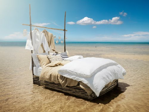 Bed in the water with clothing - Summer Bedding